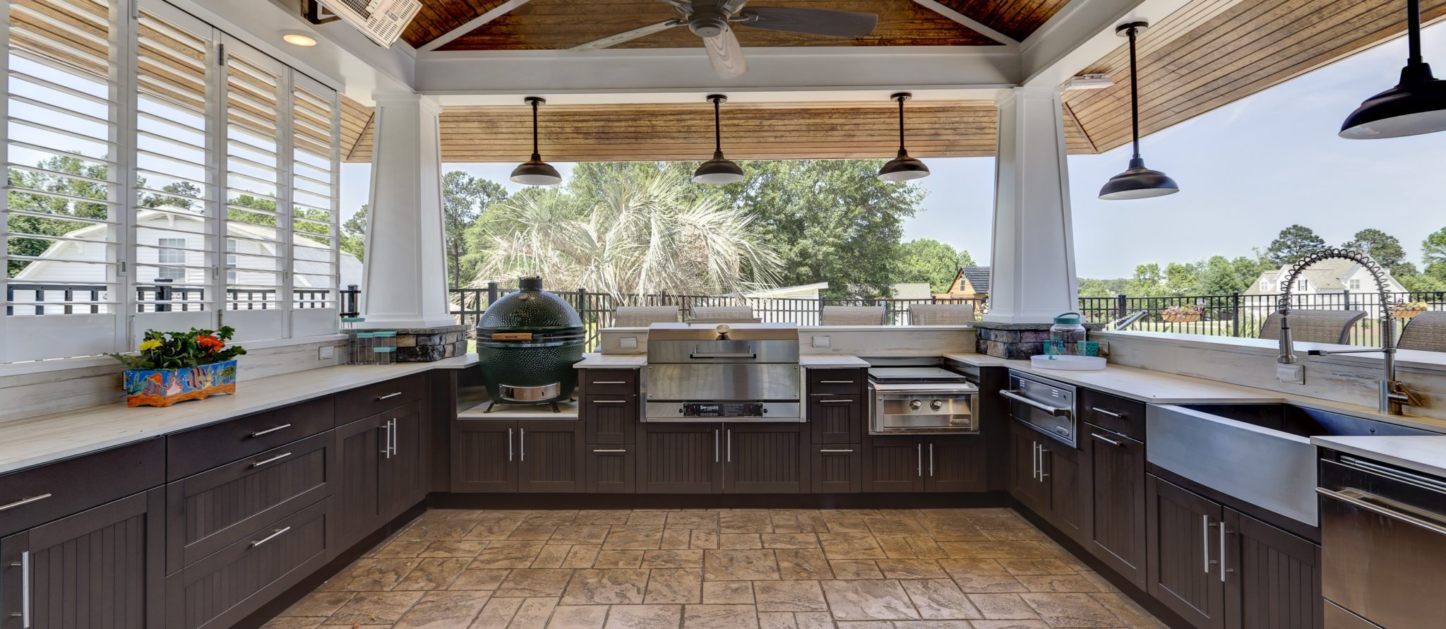Outdoor Kitchen Cabinets & Counters | Distinctive Outdoor Kitchens NC